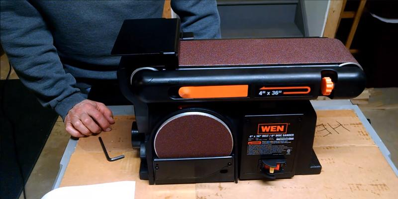 WEN 6502 Belt and Disc Sander in the use