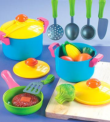 Review of Small World Toys Living - Young Chef Cookware Playset