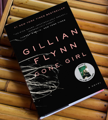 Review of Gillian Flynn Gone Girl