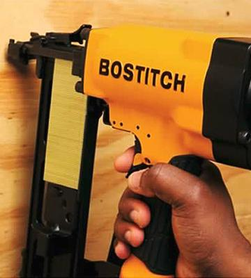 Review of BOSTITCH 651S5 Stapler