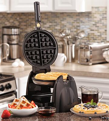 Review of Hamilton Beach 26030 Belgian Waffle Maker