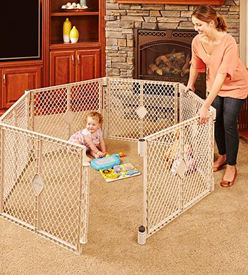 Review of North States Indoor/Outdoor Superyard Baby Gate