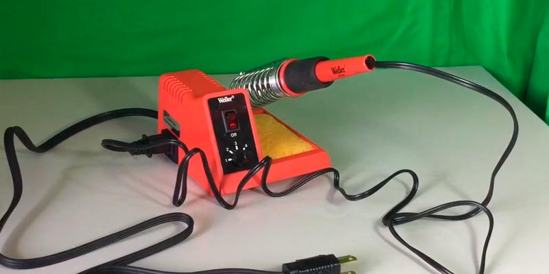 Weller WLC100 Soldering Station in the use