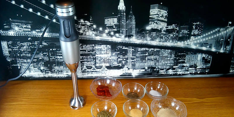 KitchenAid KHB2571 SX 5-Speed Hand Blender in the use