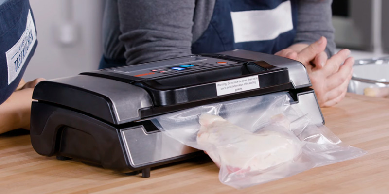 Review of Nesco VS-12 Deluxe Vacuum Sealer with Bag Starter Kit and Viewing Lid