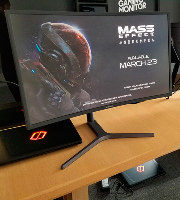 Review of Samsung C32HG70 32 HDR QLED Curved Gaming Monitor (144Hz / 1ms)