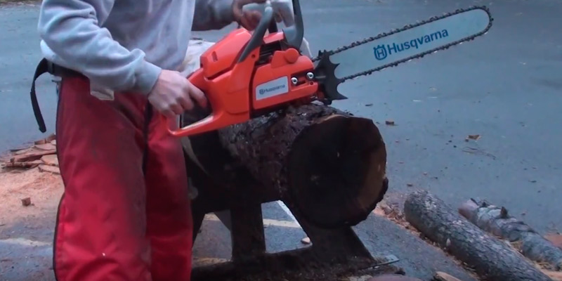 Detailed review of Husqvarna 455 Gas-Powered Chain Saw