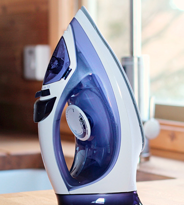 Review of Philips GC2080/28 Easyspeed Plus Cordless Steam Iron 1800W 220V