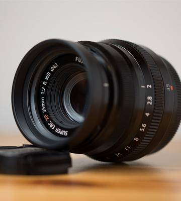 Review of Fujinon XF35mmF2 R WR Mirrorless Fuji Lens