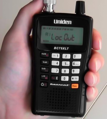 Review of Uniden BC75XLT Handheld Scanner CB Radio