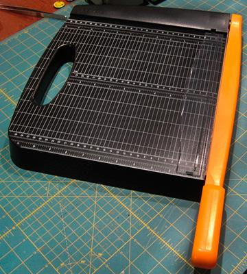Review of Fiskars Recycled 12-Inch Bypass Trimmer