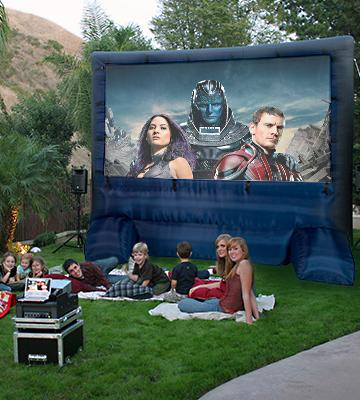 Review of Gemmy HD39127-32 Deluxe Outdoor Inflatable Movie Screen