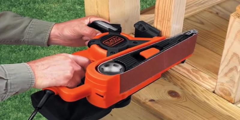 Review of Black & Decker DS321 Retractable Belt Sander