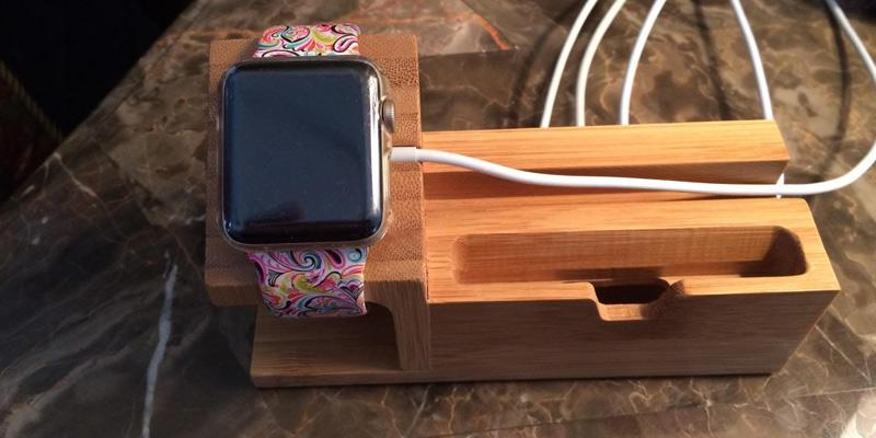 Review of Amir Bamboo Wood Desk Stand Charger