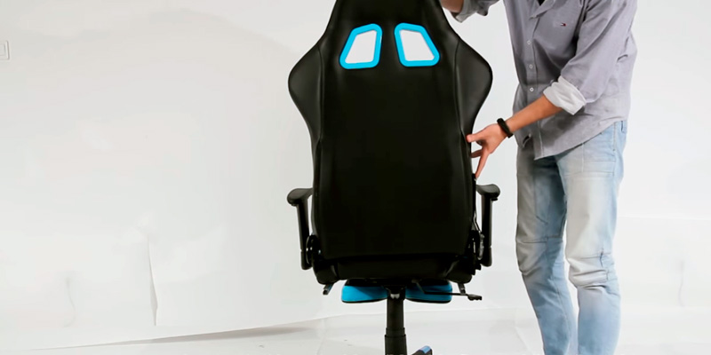 Review of Furmax Racing Chair Gaming Chair (with Footrest, Bucket Seat and Lumbar Support)