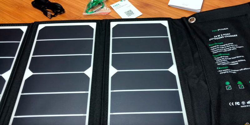 RAVPower RP-PC005 24W 3-Port Solar Panel Charger in the use