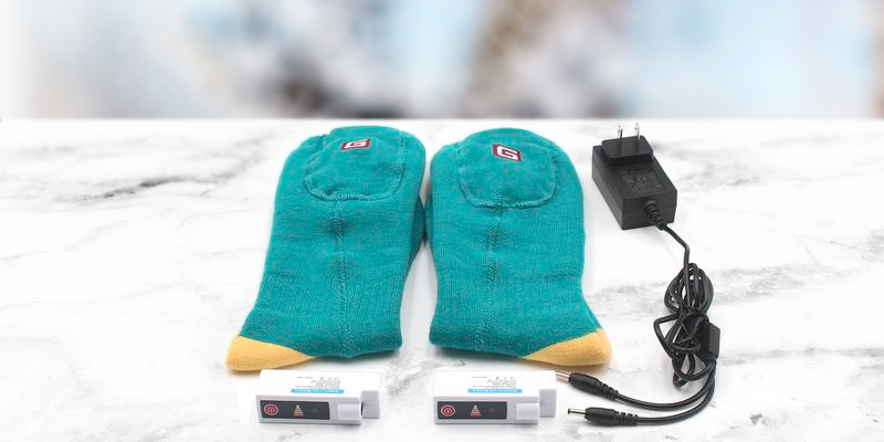 Review of Autocastle 3.7V Rechargeable Battery Powered Heating Socks