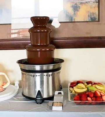 Review of Sephra Classic CF18L-SST Home Fondue Fountain