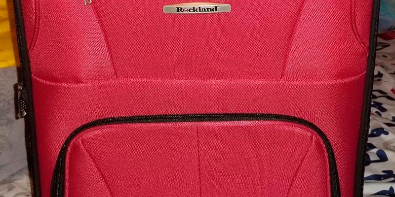 Review of Rockland F160 Luggage Set