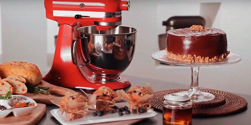 KitchenAid KSM150PS Artisan Stand Mixer in the use