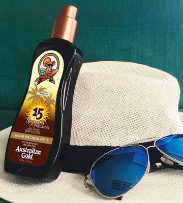 Review of Australian Gold SPF 15 Spray Gel Sunscreen with Instant Bronzer