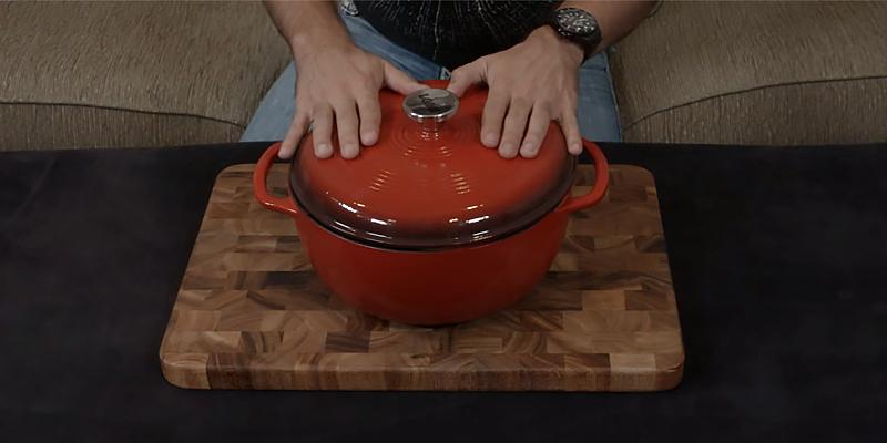 Review of Lodge Enameled Cast Iron 6-Quart Dutch Oven