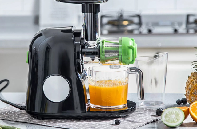 Best Cold Press Juicers to Extract Nutritious Juices
