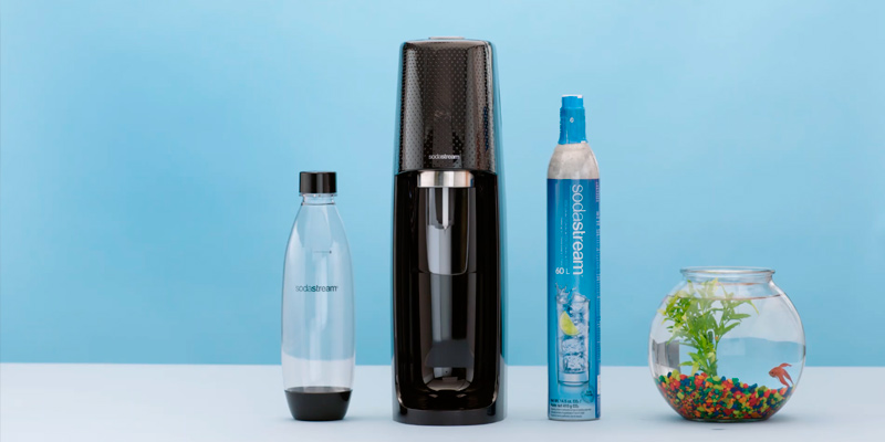Review of SodaStream Fizzi Soda Sparkling Water Maker