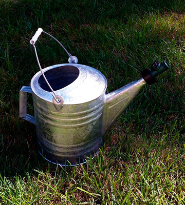 Review of Behrens 210 2 1/2 Gallon Steel Watering Can