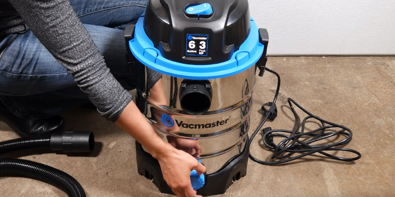 Review of Vacmaster VQ607SFD Stainless Steel Wet/Dry Vacuum