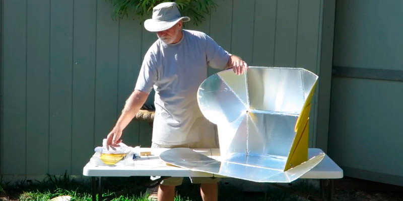 SolCook All Season Camper Solar Cooker in the use