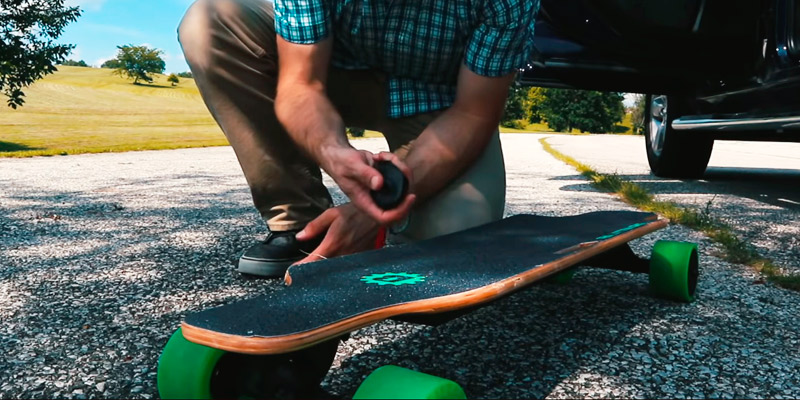 BLITZART Huracane Electronic Longboard in the use