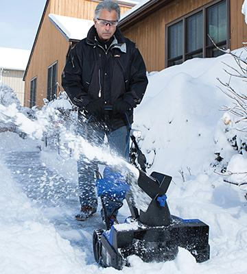 Review of Snow Joe ION18SB Cordless Single Stage Brushless Snow Blower