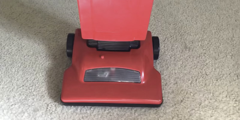 Review of Dirt Devil Junior Lights Sounds Upright Toy Vacuum