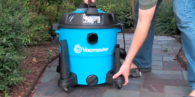 Review of Vacmaster VBV1210 12 Gallon, 5.0 Peak HP Wet/Dry Vacuum with Blower
