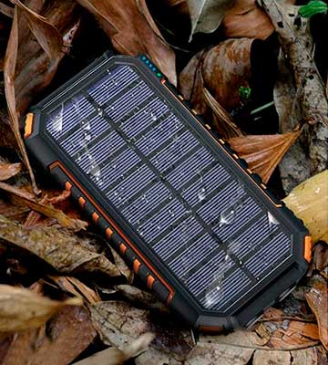Review of Riapow T11W 26800mAh Wireless Solar Charger