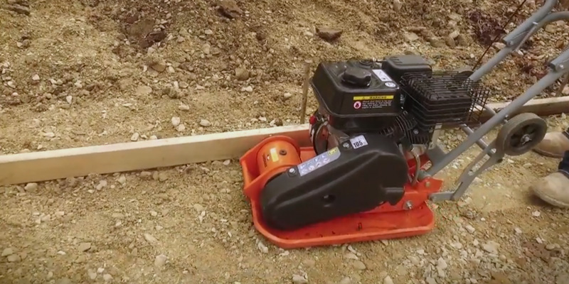 YARDMAX YC0850 Force Plate Compactor in the use