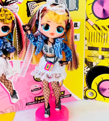 Review of L.O.L. Surprise! OMG Remix Pop B.B. Fashion Doll with 25 Surprises