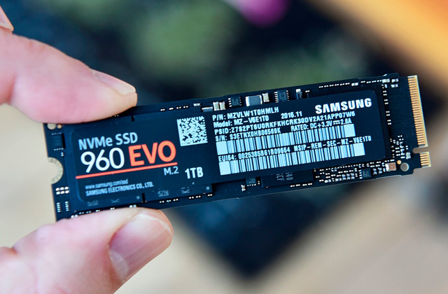 Comparison of NVMe SSD