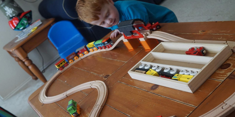 Orbrium Toys Triple-Loop Wooden Train Set in the use