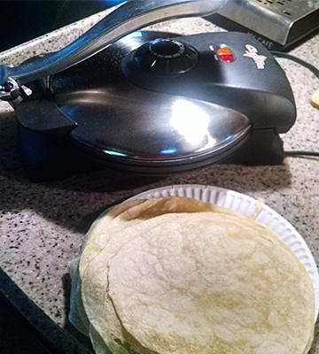 Review of Chef Pro Electric 10-inch Tortilla and Flat Bread Maker