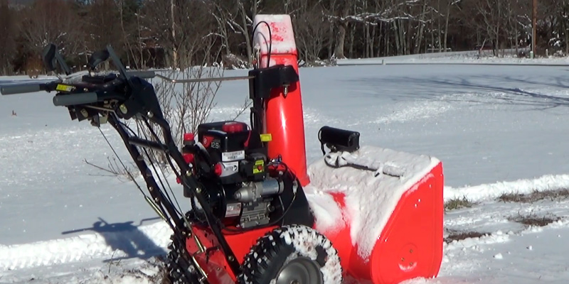 Detailed review of Ariens ST28DLE Deluxe Two-Stage Electric Start Gas Snow Blower