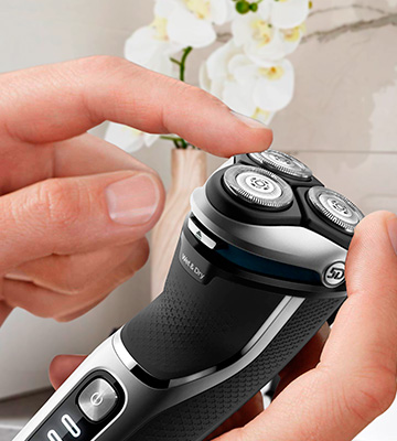 Review of Philips Norelco S3311/85 3800 Wet/Dry Electric Shaver