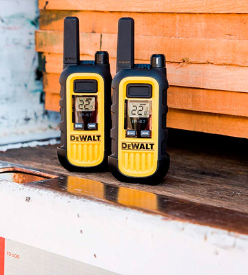 Review of DEWALT DXFRS300 Walkie Talkies