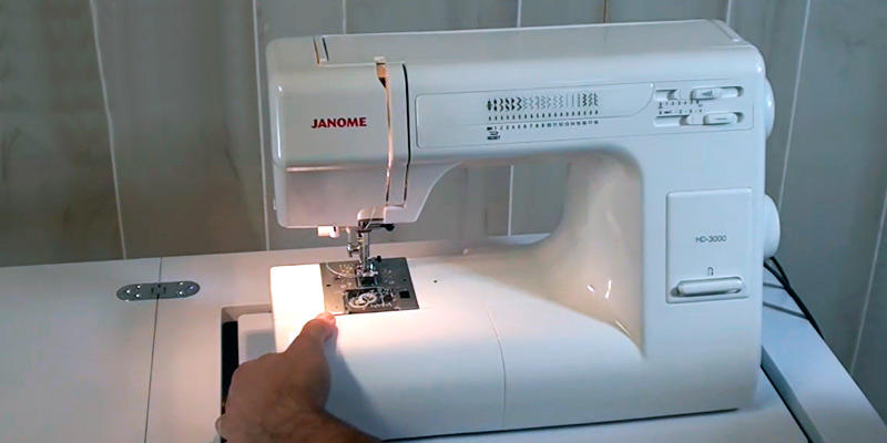 Review of Janome HD3000 Heavy-Duty Sewing Machine