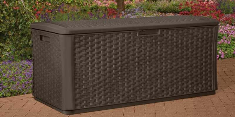 Suncast DBW9200 Wicker Resin Deck Box in the use