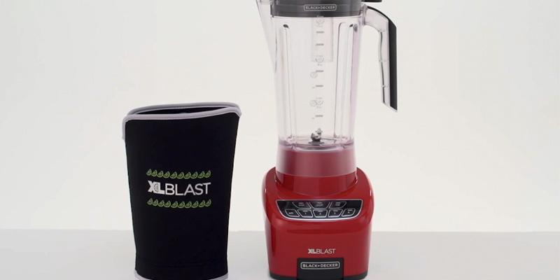 BLACK+DECKER BL4000R XL Blast Drink Machine, Margarita Blender in the use