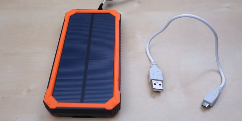Detailed review of QueenAcc Portable Solar Charger with LED Lights