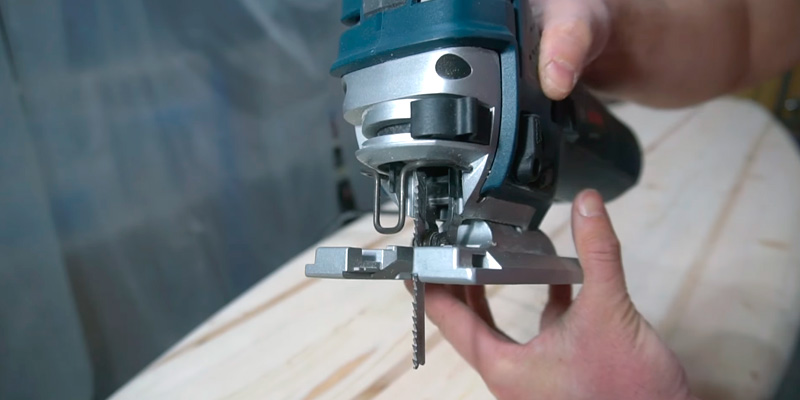 Detailed review of Bosch JS470E Top-Handle