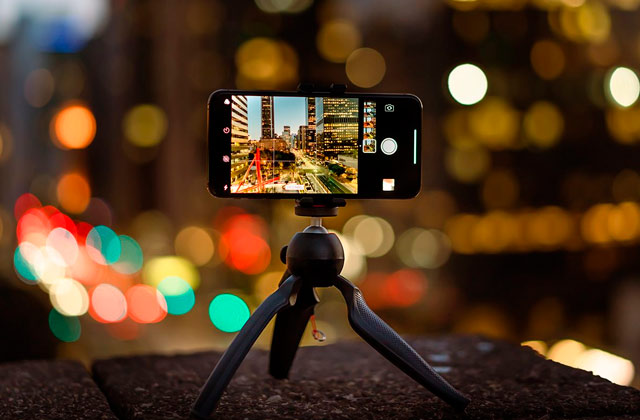 Comparison of Smartphone Tripods